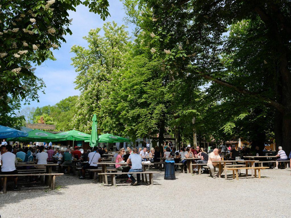 Schlossallee in Haag
