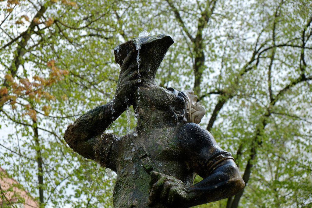 Mohrenbrunnen am Fürstendamm