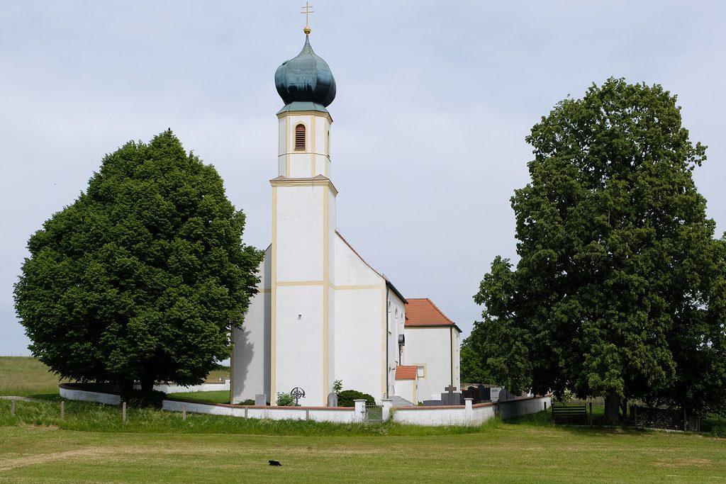 Wallfahrtskirche in Rudlfing